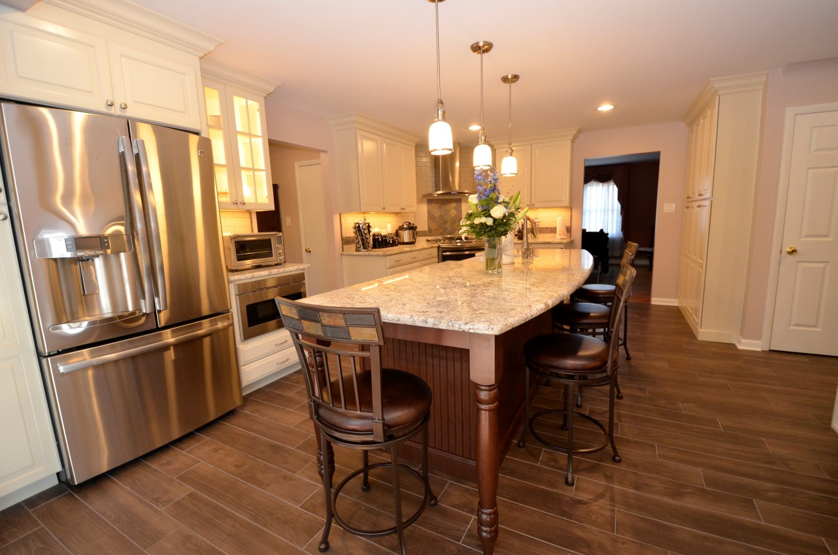 Kitchen cabinet refacing ideas pictures kitchen cabinet for Kitchen cabinets vancouver island