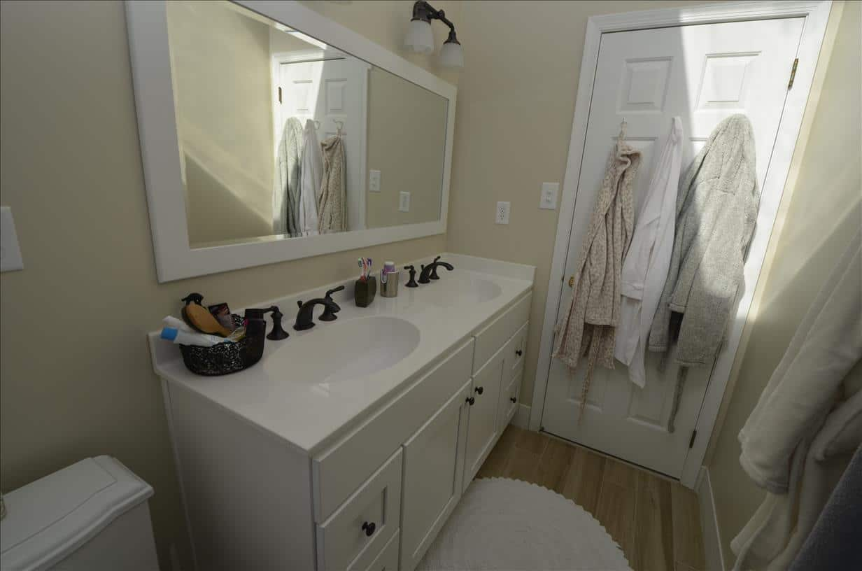 Bathroom in north 28 images high rise condo bathroom for Bathroom remodeling stores chicago